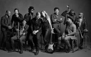 TTB_04_128_122_121_by-Mark-Seliger-300×190