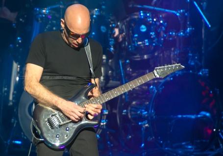 Joe Satriani-5377