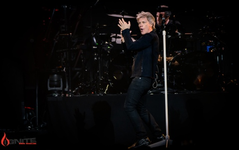 Bon Jovi-7105