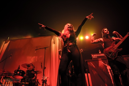 Live Review – In This Moment- Halestorm- New Years Day